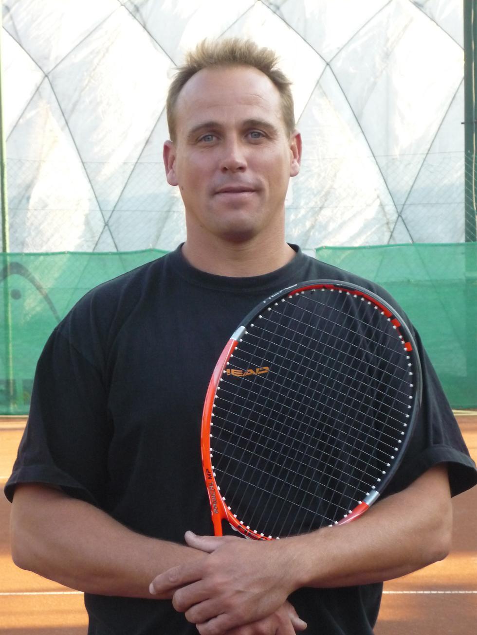 teniszedző