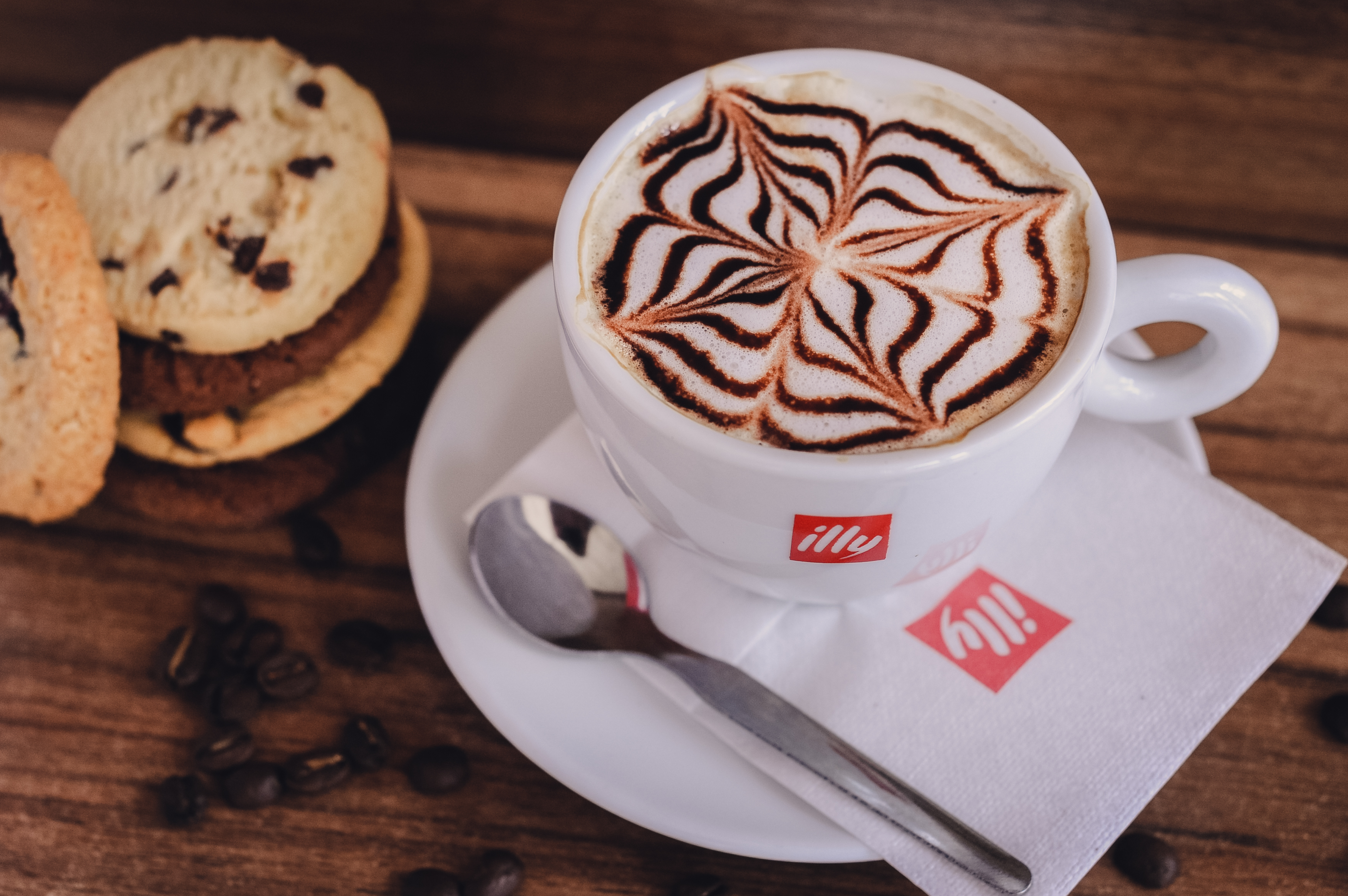 folyondár, kávézó, cafe, illy