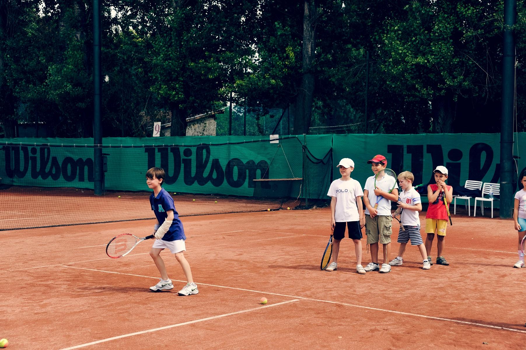 Csoportos teniszoktatás